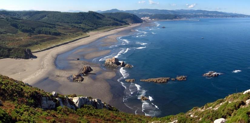 playa-para-perros-en-castrillon-asturias